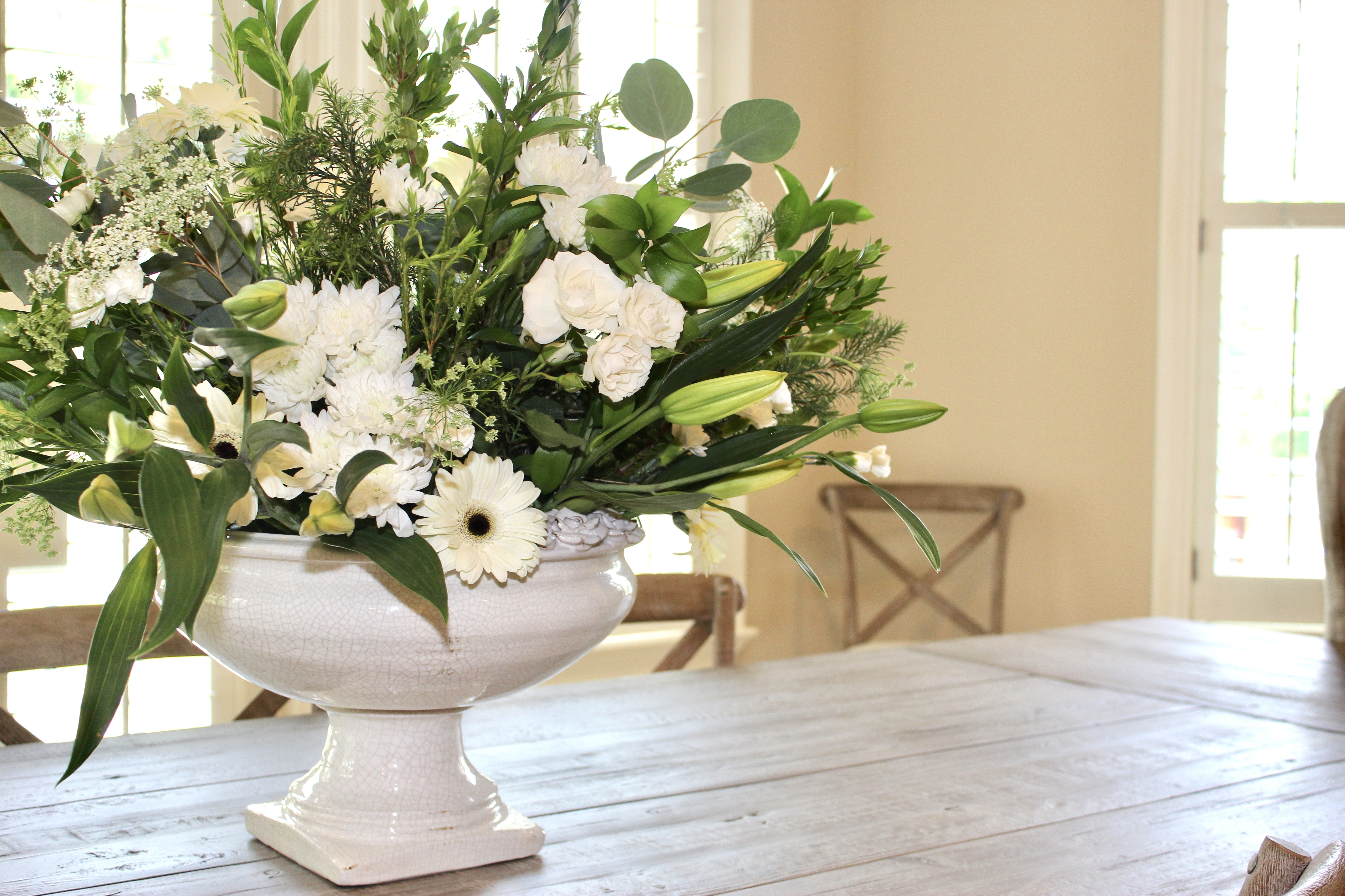How To Create A Beautiful Flower Arrangement Like A Professional
