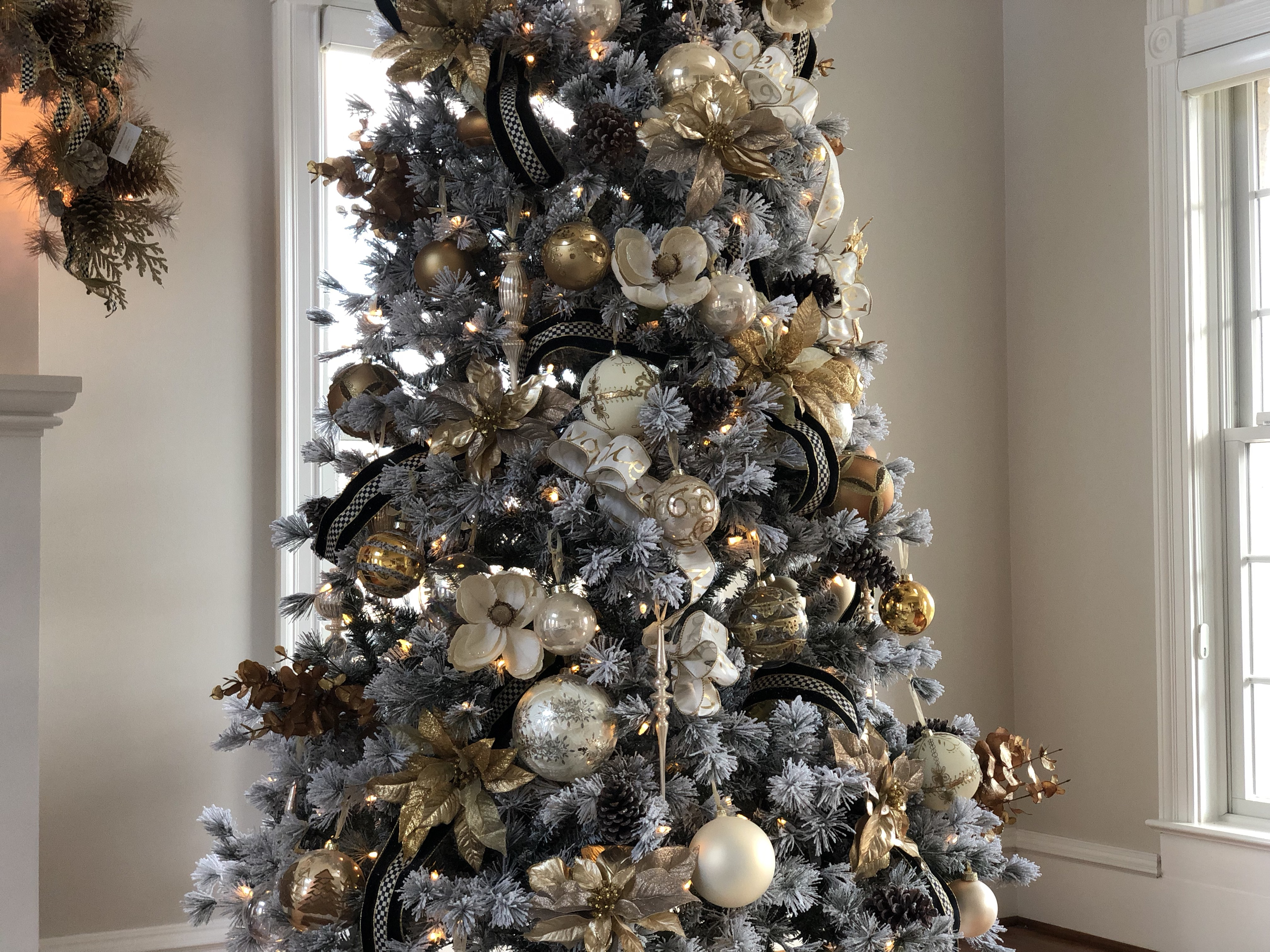 How To Decorate A Christmas Tree With Ribbon Happy Haute Home